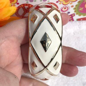 Boho Large Ivory & Goldtone Hinged Bangle Bracelet